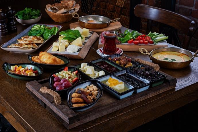 Dr. Öz'den ilginç açıklama: 'Kahvaltı yapmak yasaklanmalı'
