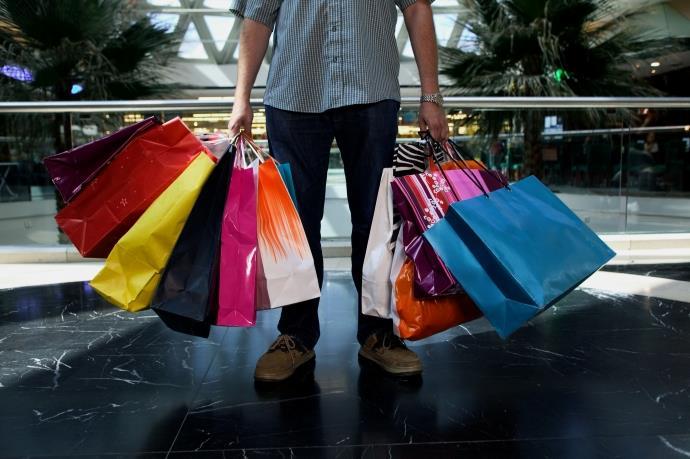 Yabancılar outlet alışverişi canlandırdı
