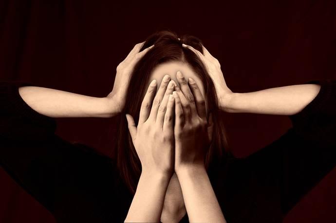 Baş ağrısı ile migreni nasıl ayırırsınız