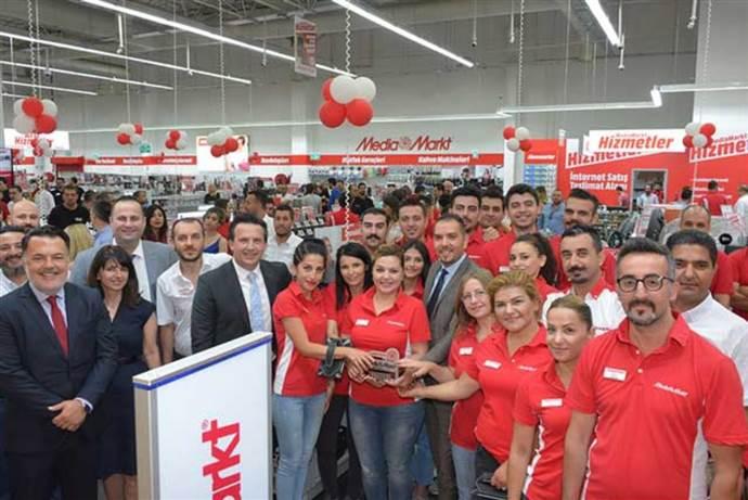 MediaMarkt İzmir'deki 6. mağazasını Forum AVM'de açtı