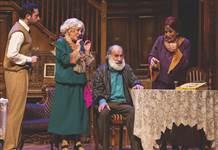 Suna Keskin ve Melek Baykal'ın 'Ahududu' oyunu 22 Kasım'da
