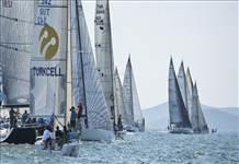 Turkcell Platinum'dan İstanbul Boğazı'nda yelken şöleni