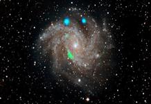Fireworks Galaksisi'nde gökbilimcileri şaşırtan gizemli ışıklar